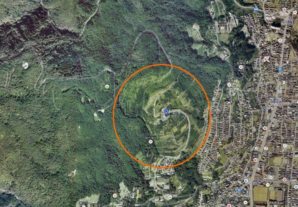 長野県の地附山の地滑りエリア